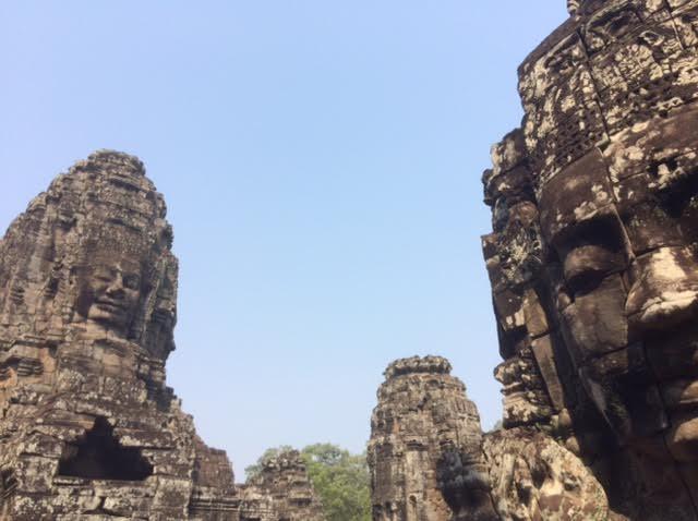 カンボジアのオプショナルツアーで見たアンコールトムの写真