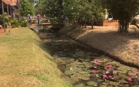 バンテアイ・スレイ遺跡をツアー要らずで楽しんだ感想【カンボジア旅行記】