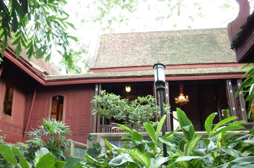 バンコク街歩きで訪れたジム・トンプソンの家の写真