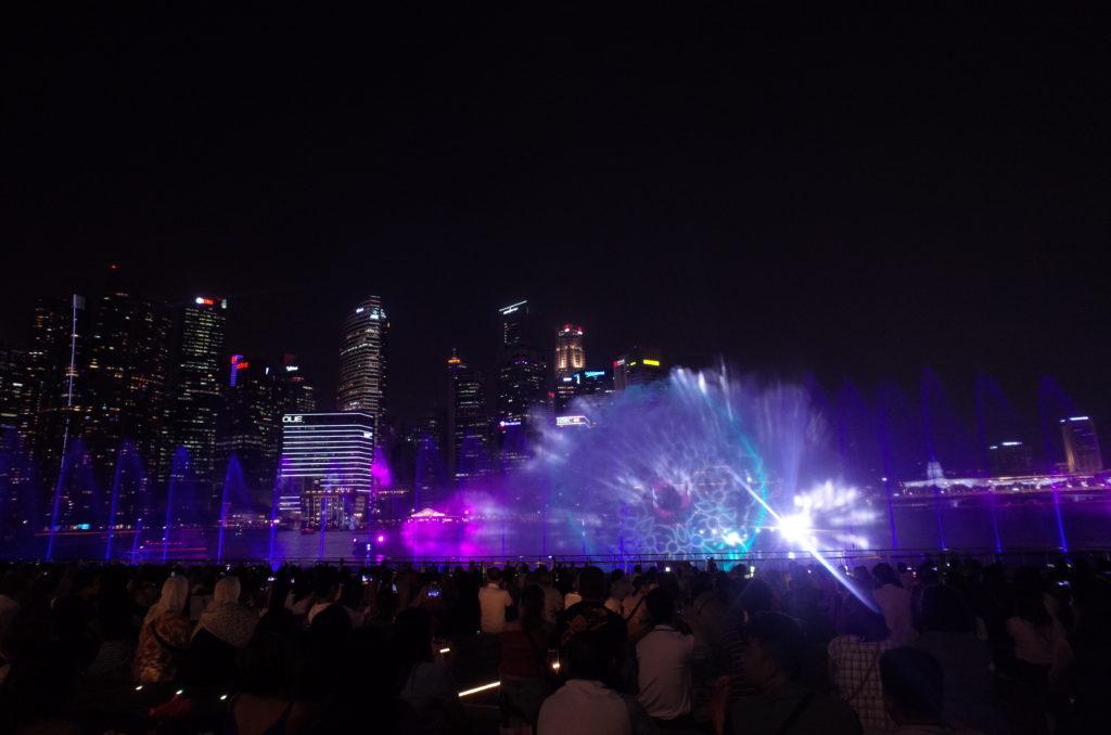 シンガポール一人旅で見たスペクトラの写真
